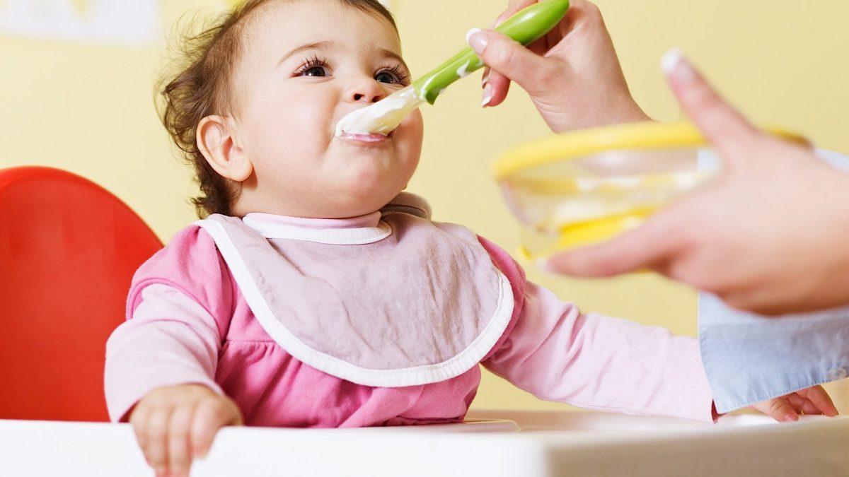 What Age Can Babies Eat Yogurt