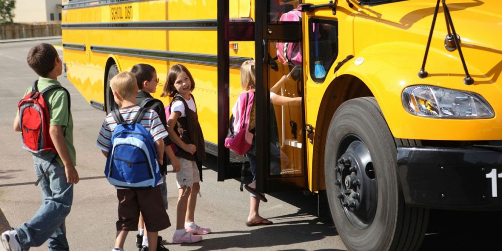 School Bus Safety Tips for Kid
