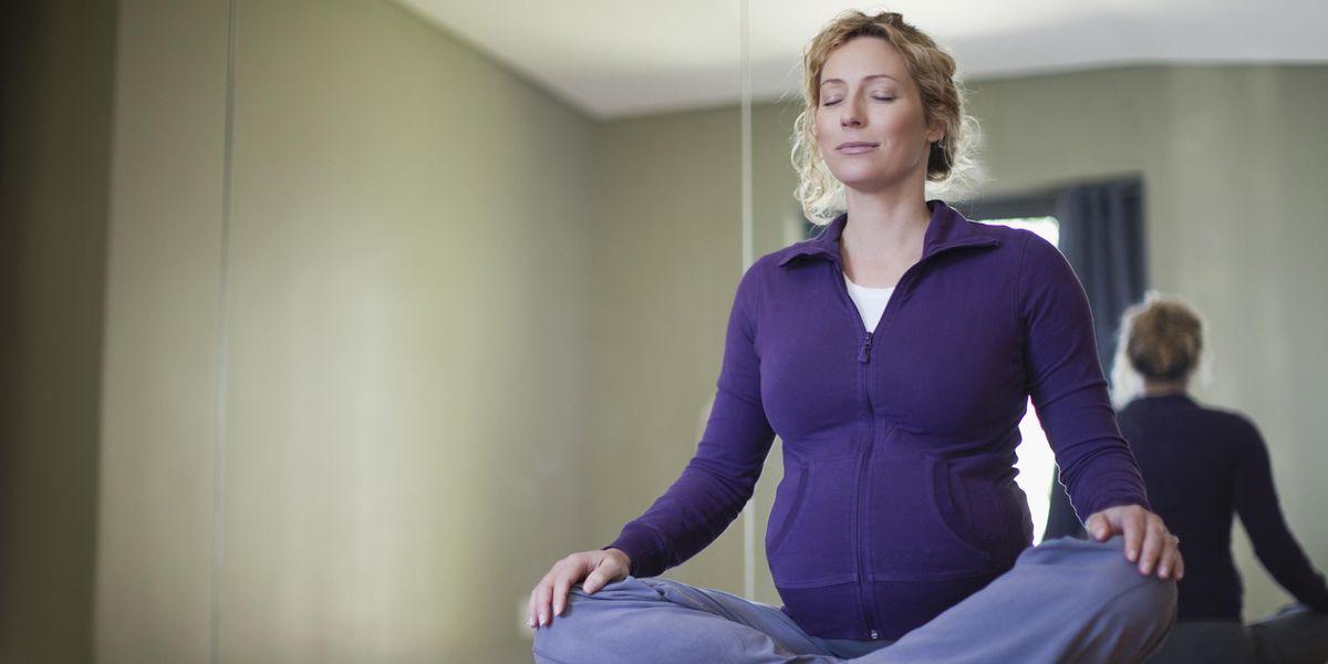 Prenatal Yoga, Lyla Morris