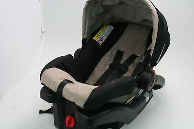 Graco SnugRide Click Link 35 Infant Child Seat