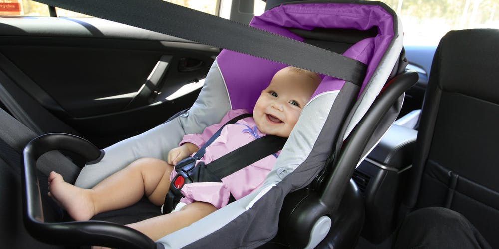 Different Ways to Keep Your Baby Warm In A Car Seat