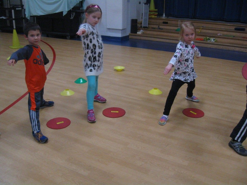 Fun Yoga Games To Play With Large Group Of Kids