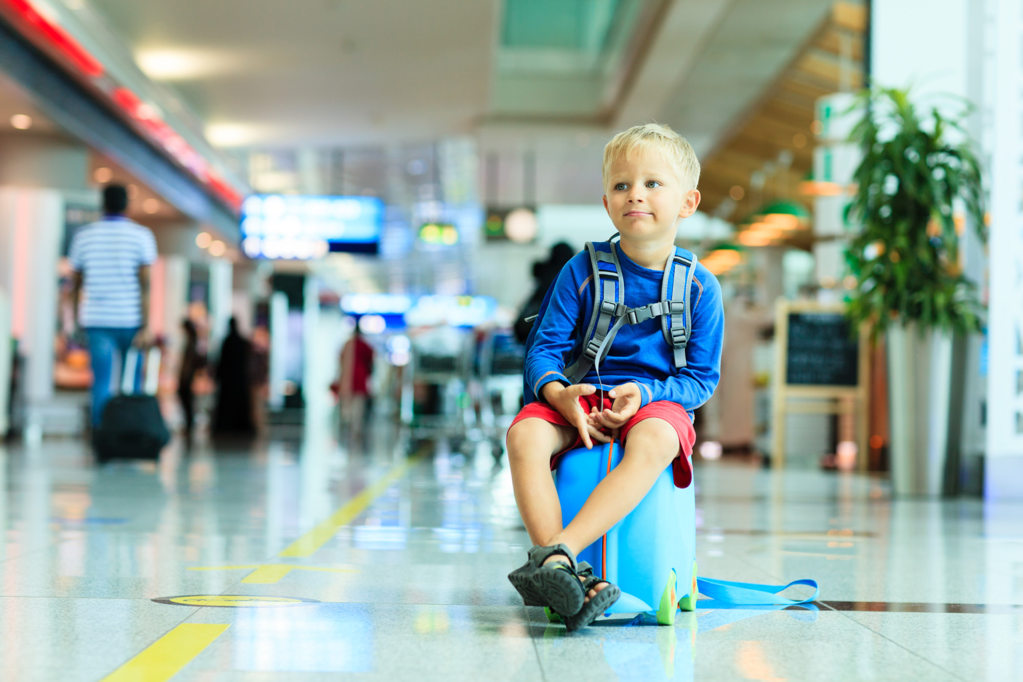 Safe and Secure Tips For Kids Flying Alone