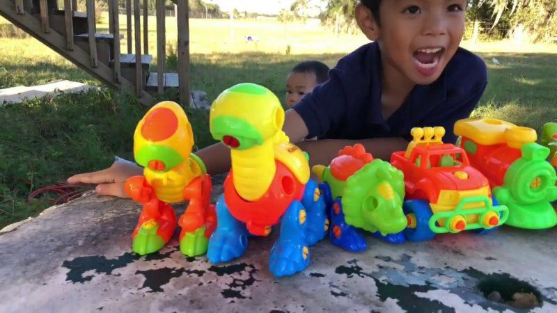 Kidtastic Dinosaur Toys Building